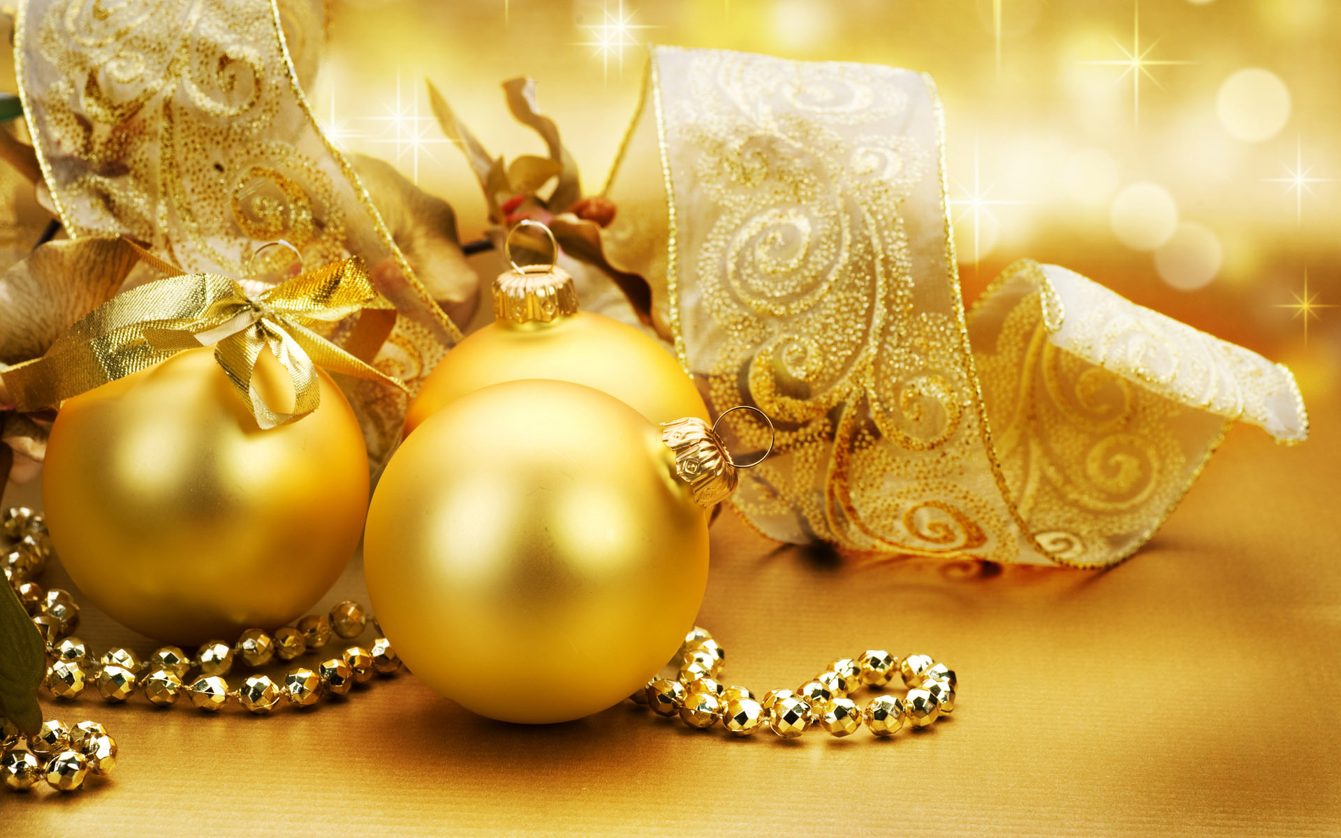 Golden christmas ornaments christmas wallpaper 22229806 for Christmas decorations images