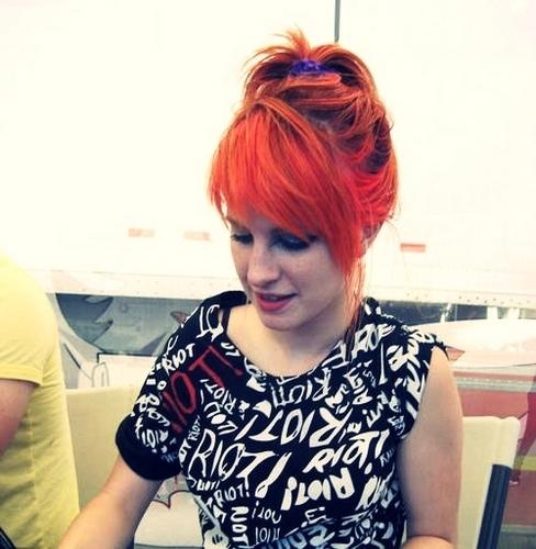 Hayley ! :)