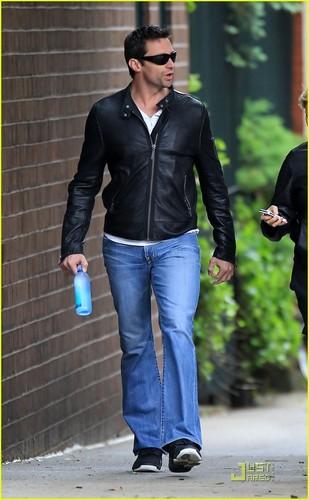 Hugh Jackman: West Village Walk!