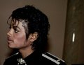 I LOVE U MICHAEL - two-sisters-mjfanforever22-and-gloved1 photo