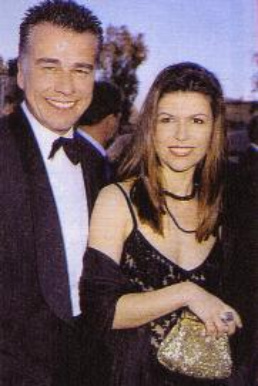 Ian Buchanan and Finola Hughes