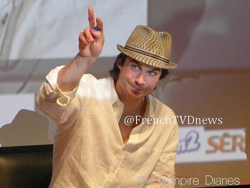 Ian in Paris..♥