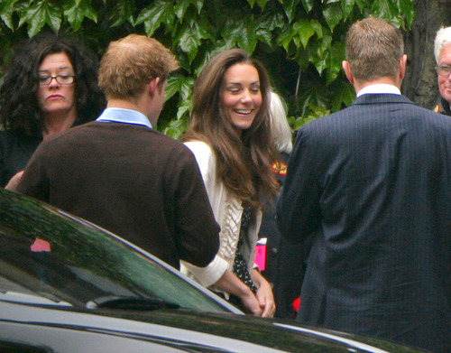 Kate Middleton वॉलपेपर containing a business suit called Kate & Harry; Westminster Abbey