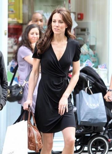Kate Middleton; Shopping On Kings Road