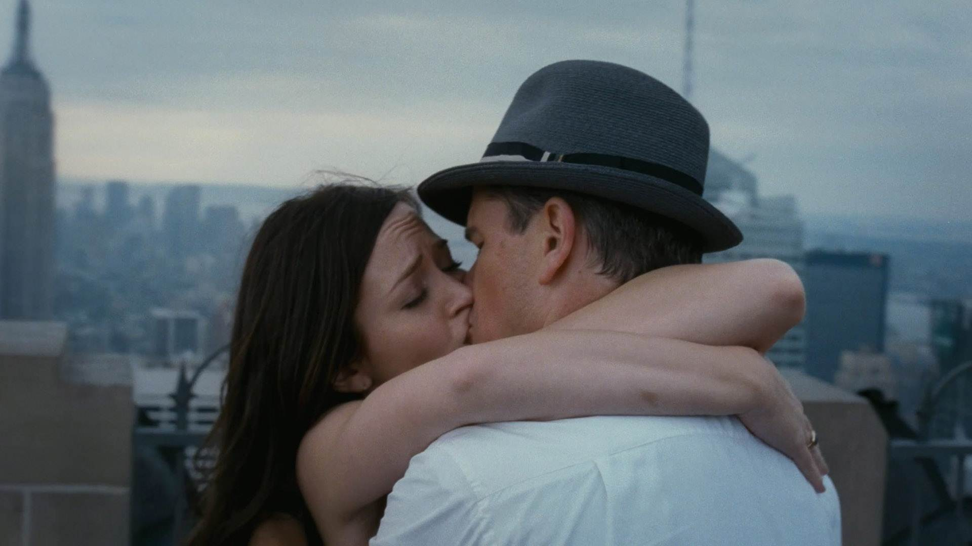 Kissing Kissing