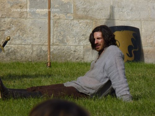 Merlin- Season 4- Filming - gwaine Photo
