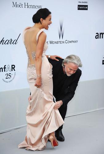 Michelle & Hermann Buehlbecker @ amfAR Gala - 64th Annual Cannes Film Festival - 2011