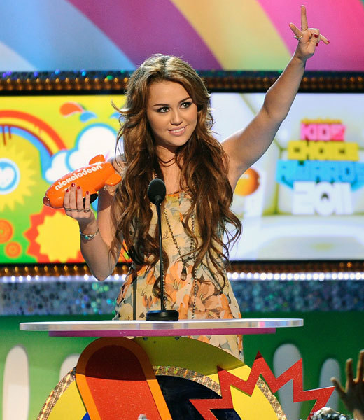 miley cyrus 2011 kca. Miley Cyrus