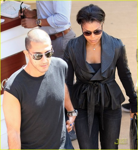 Next »Janet Jackson & Wissam Al Mana: Cannes Couple