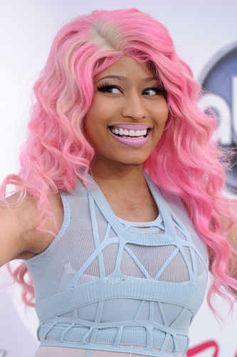 Nicki Minaj: 2011 Billboard Muzik Awards
