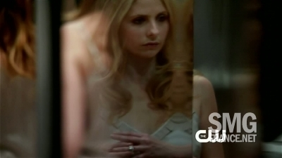 Pilot Trailer - ringer Screencap
