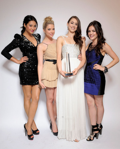 Pretty Little Liars Stars: 2011 Young Hollywood Awards in L.A, May 20