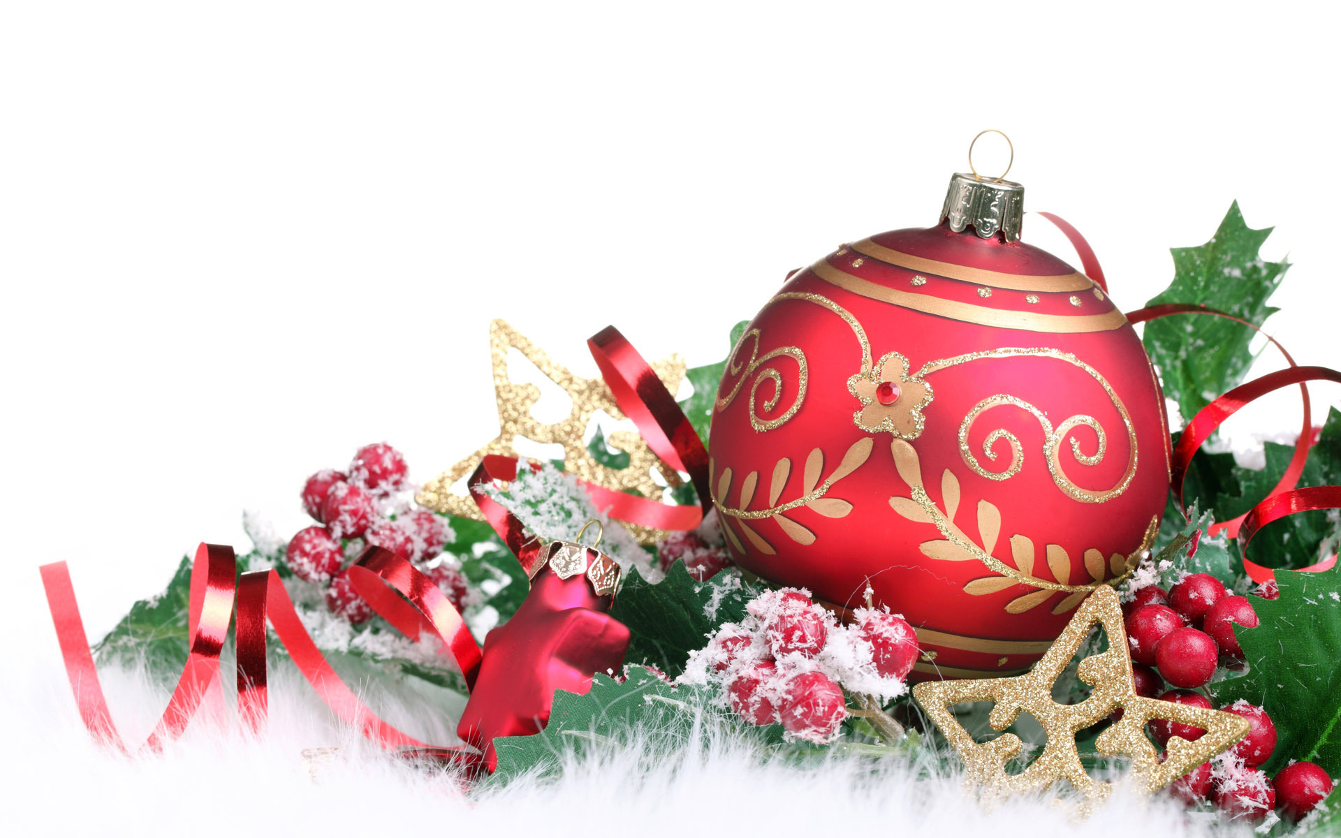 Red christmas decorations christmas wallpaper 22228016 for Christmas decorations images