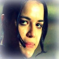 Resident Evil 2002 Michelle Rodriguez Icon 22253724 Fanpop