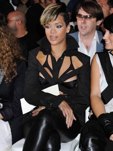 Rihanna At AMA