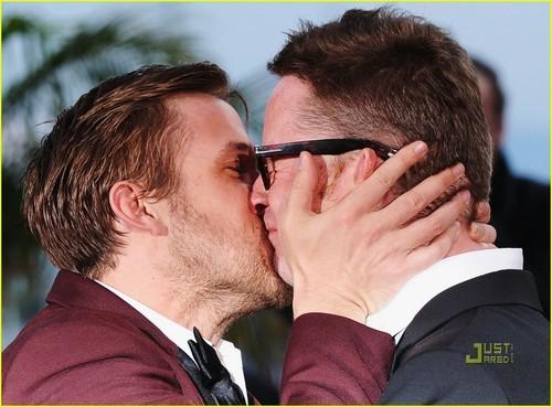 Ryan anak angsa, gosling & Nicolas Winding Refn: ciuman Kiss!