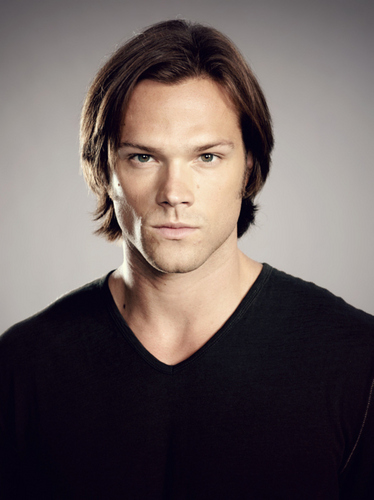 Sam Winchester wolpeyper with a jersey entitled Sam Supernatural S6 promo litrato