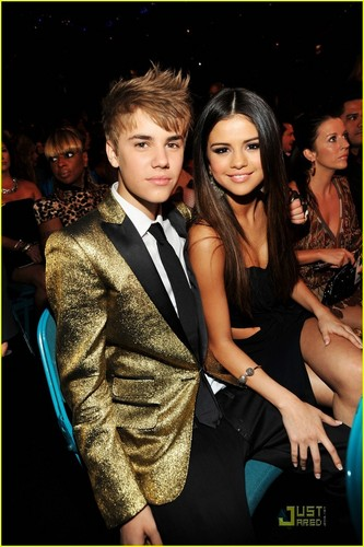 Selena Gomez: Billboard Awards with Justin Bieber!