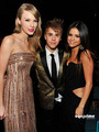 Selena Gomez & Taylor Swift: 2011 Billboard Music Awards