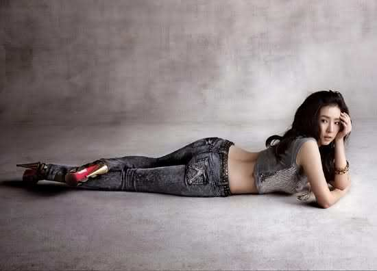 Shin Se Kyung - For Buckaroo Jeans