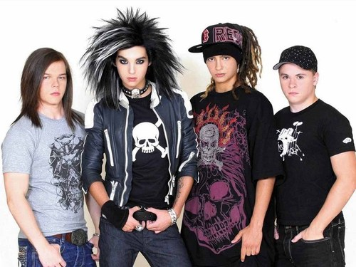 Tokio Hotel 壁纸 probably containing a jersey titled Tokio Hotel
