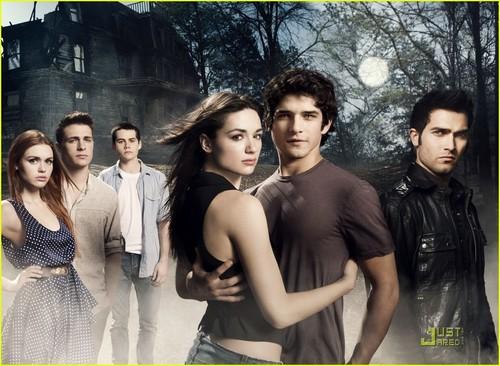 Tyler Posey: New 'Teen Wolf' Promos!