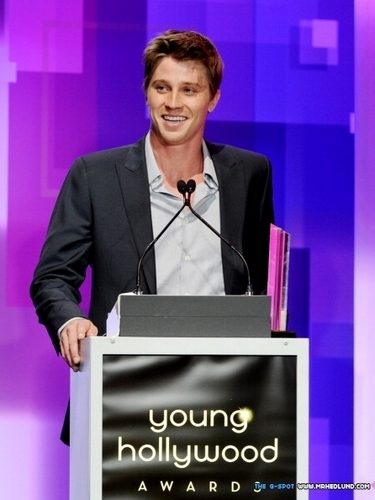 Garrett Hedlund wallpaper containing a business suit, a suit, and a dress suit entitled Young Hollywood Awards 2011 - May 20