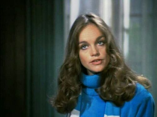 Dynasty wallpaper with a portrait called pamela sue martin