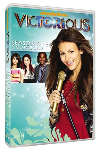 Nickelodeon پیپر وال titled victorious season 1 dvd