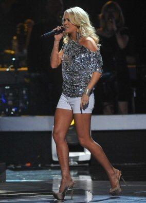 5/25/11 - American Idol Season 10 - 显示