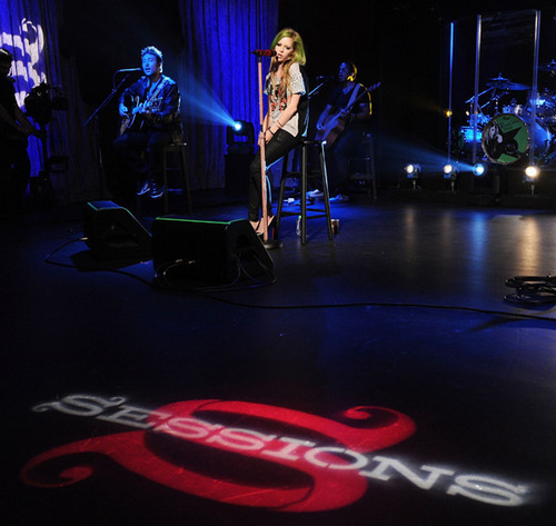 Avril Lavigne wallpaper containing a concert called Avril's Visit at the AOL Sessions Studios!