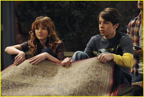 Bella Thorne on wizards of waverly place