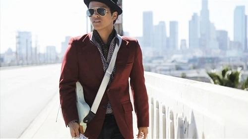 Bruno MARS MY برداشت, ریچھ