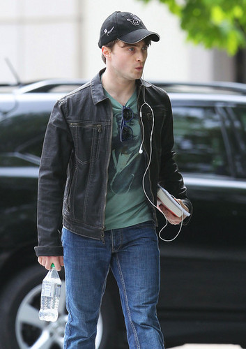 Daniel Radcliffe Out And About In New York (May 13)