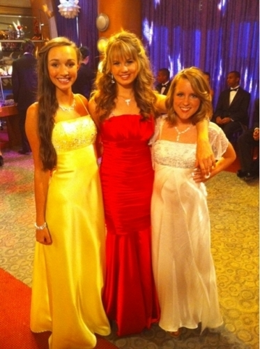 Debby Ryan karatasi la kupamba ukuta with a bridesmaid, a gown, and a chajio, chakula cha jioni dress entitled Debby