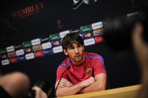 FC Barcelona Media Open ngày Ahead Of UEFA Champions League Final (Lionel Messi)