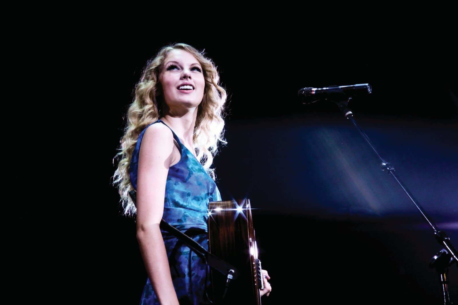 Taylor Swift images Fearless Tour 2009 Promotional Photos HD wallpaper and background photos ...