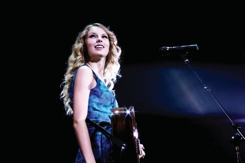 Fearless Tour 2009 Promotional Photos