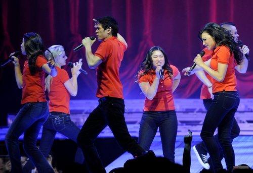 Glee Live in Sacramento