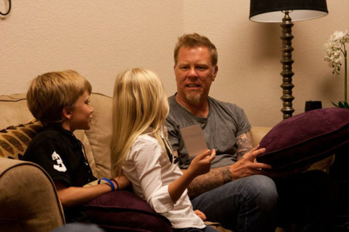 James Hetfield wallpaper probably with a living room entitled James Hetfield