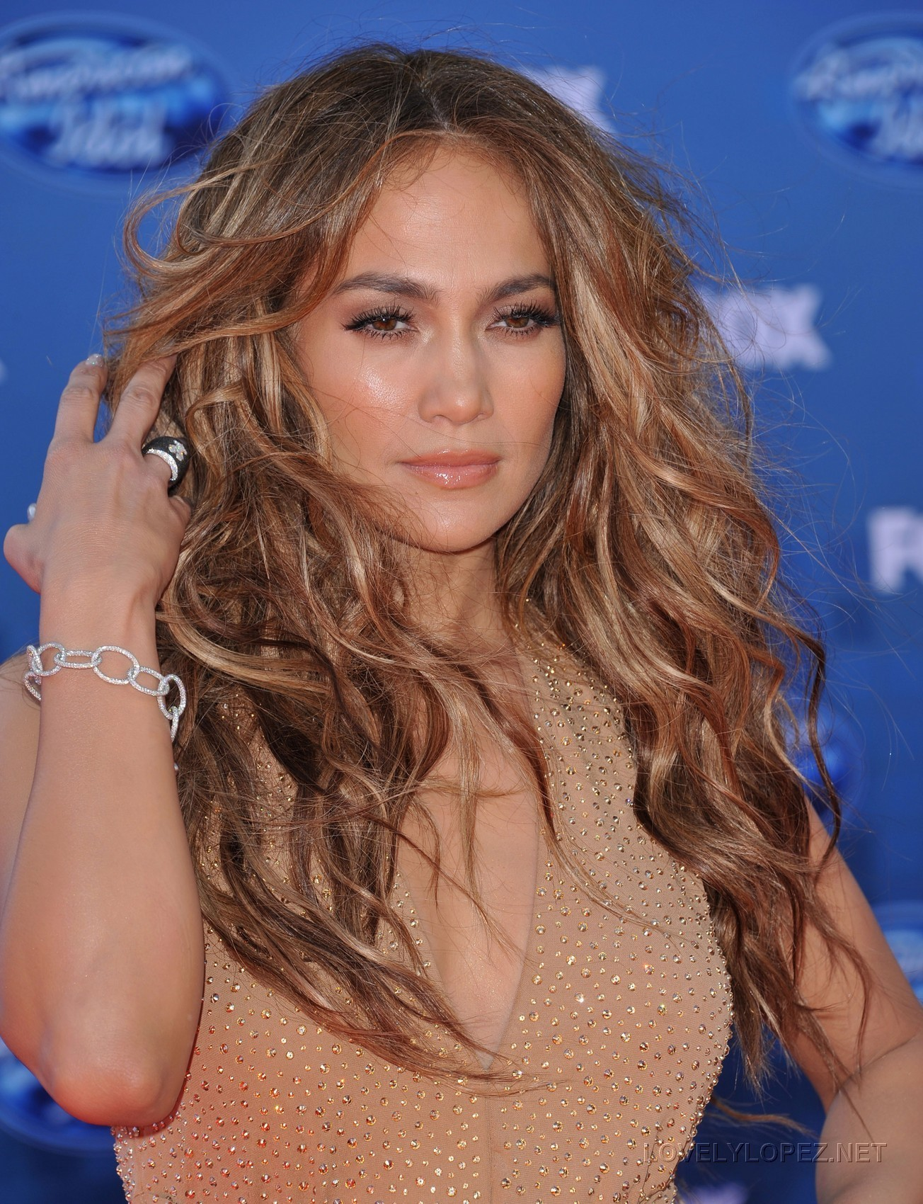 Jennifer - American Idol 2011 Finale - May 26, 2011 - Jennifer ...
