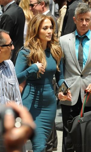 Jennifer - Simon Fuller's Hollywood Walk of Fame ceremony - May 23, 2011