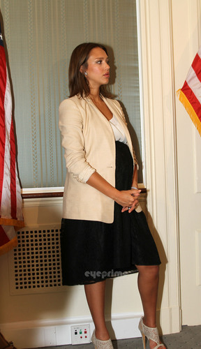 Jessica Alba: Safe Chemicals Act Press Conference