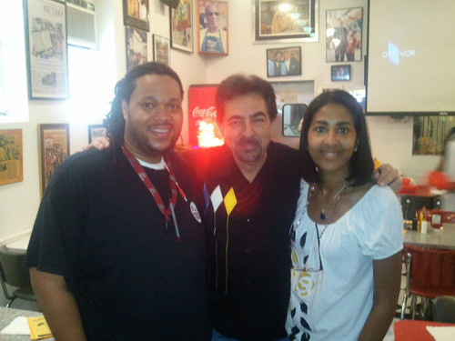 Joe Mantegna With Maurice and Ali at Bens Chili Bowl
