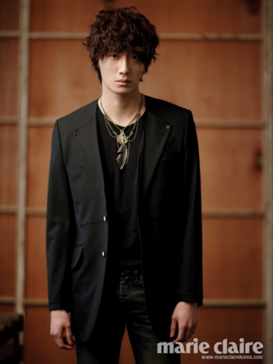http://images4.fanpop.com/image/photos/22300000/Jung-il-woo-jung-il-woo-22352099-535-714.jpg