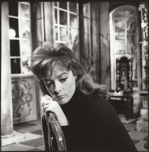 Maggie Smith (1960) - maggie-smith Photo