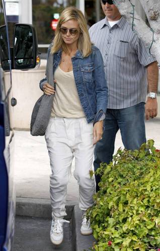May 22: Shopping in Brentwood