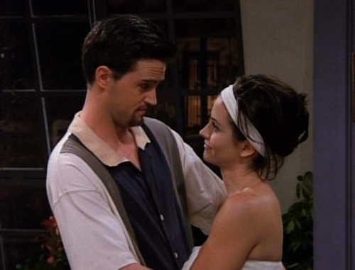 Monica et Chandler fond d'écran entitled Mondler