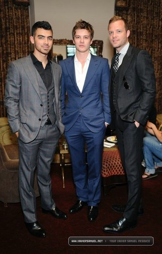 Mr. Porter And Simon Spurr Dinner - May 10 - xavier-samuel Photo