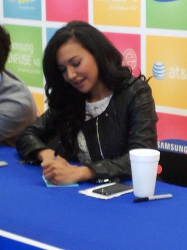 Naya Rivera | AT & T Store